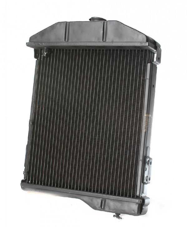Radiator Heavy Duty Exchange - 6 Cylinder